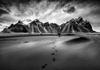 Marco-Bani_Footsteps-on-the-Vestrahorn_2017_IN
